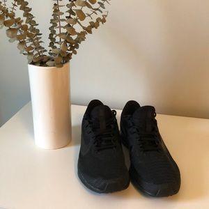 Men's Brand New All-Black Nike's